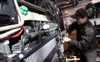 Работа на предприятии (механик, электрик, слесарь грузовых машин типа TIR):