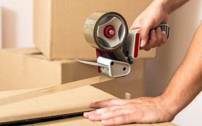 Робота на підприємстві (склеювання картонних коробок):