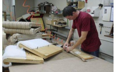 Робота на мебельній фабриці  (кравчині, оббивка мебелі, фізичні працівники):
