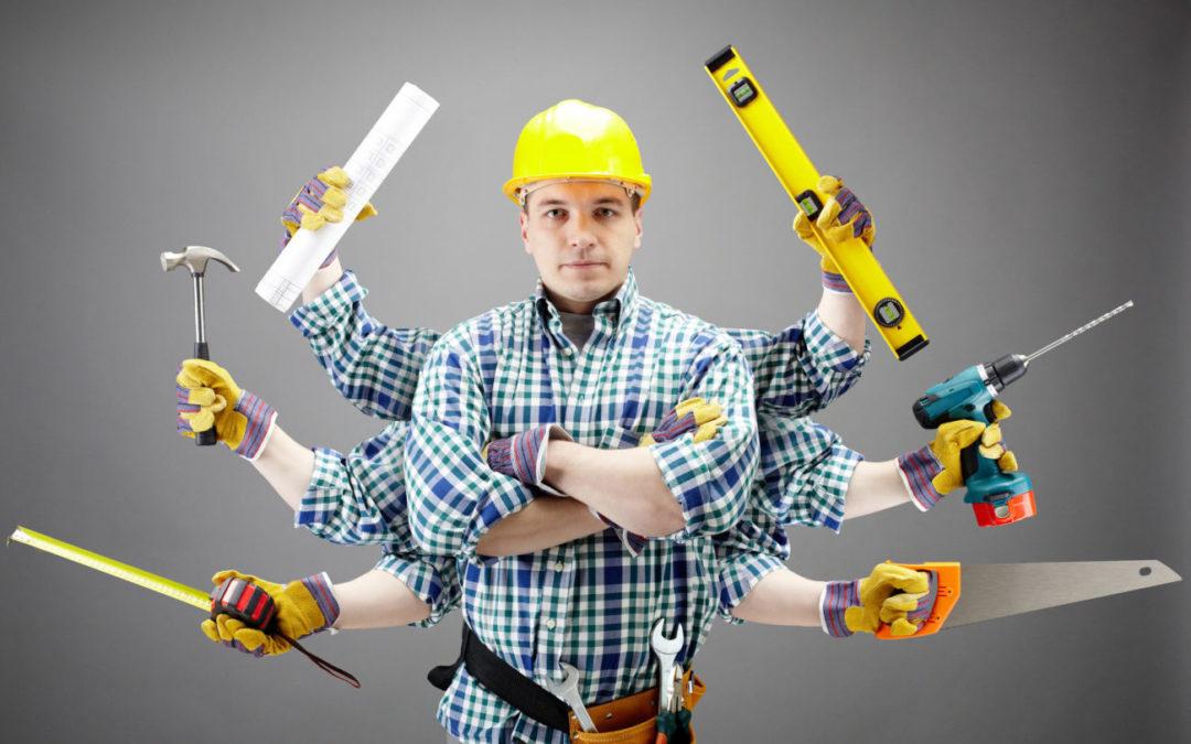 Працівники внутрішніх та зовнішніх будівельних робіт: